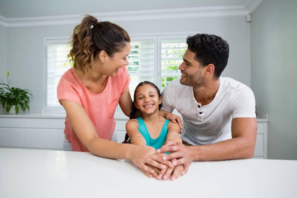 Padres de familia, portadores del ejemplo